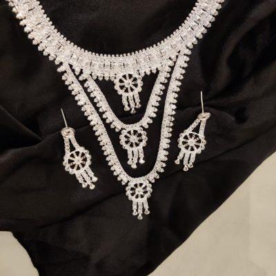 neckware